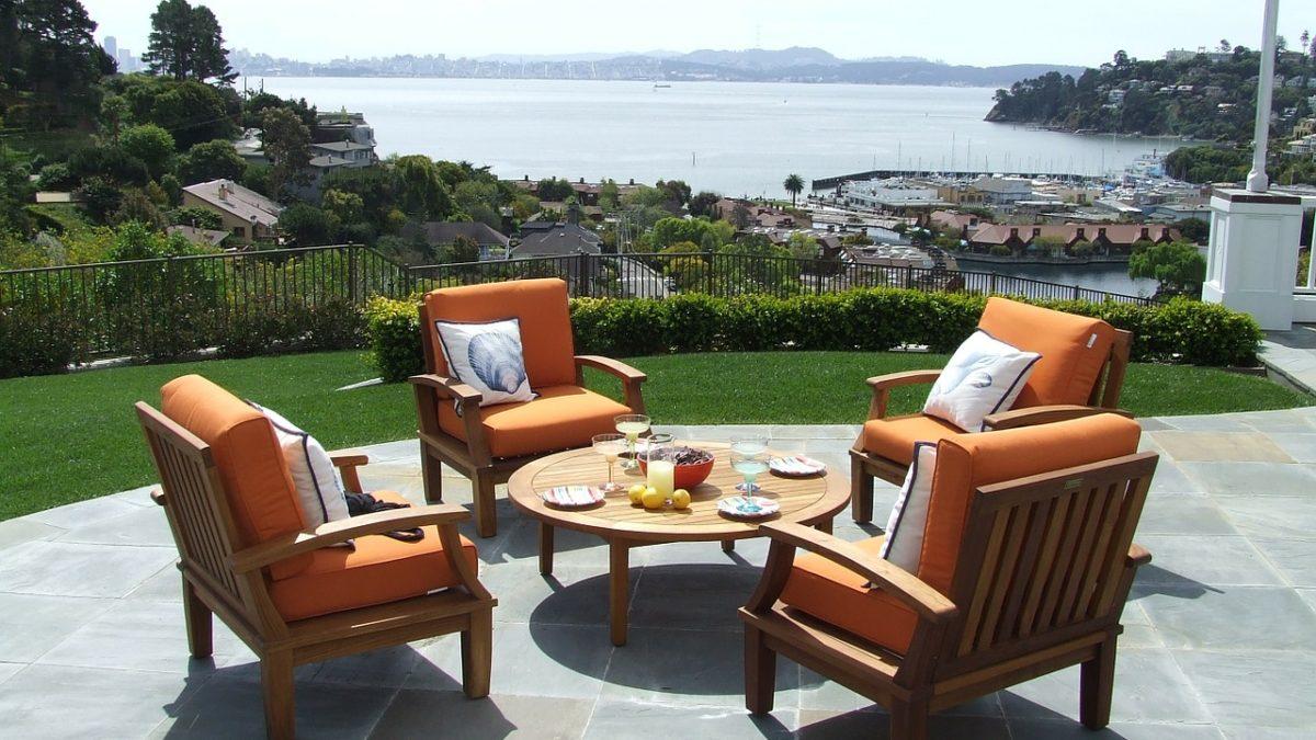 Acheter du mobilier de jardin et d'extérieur de luxe : conseils