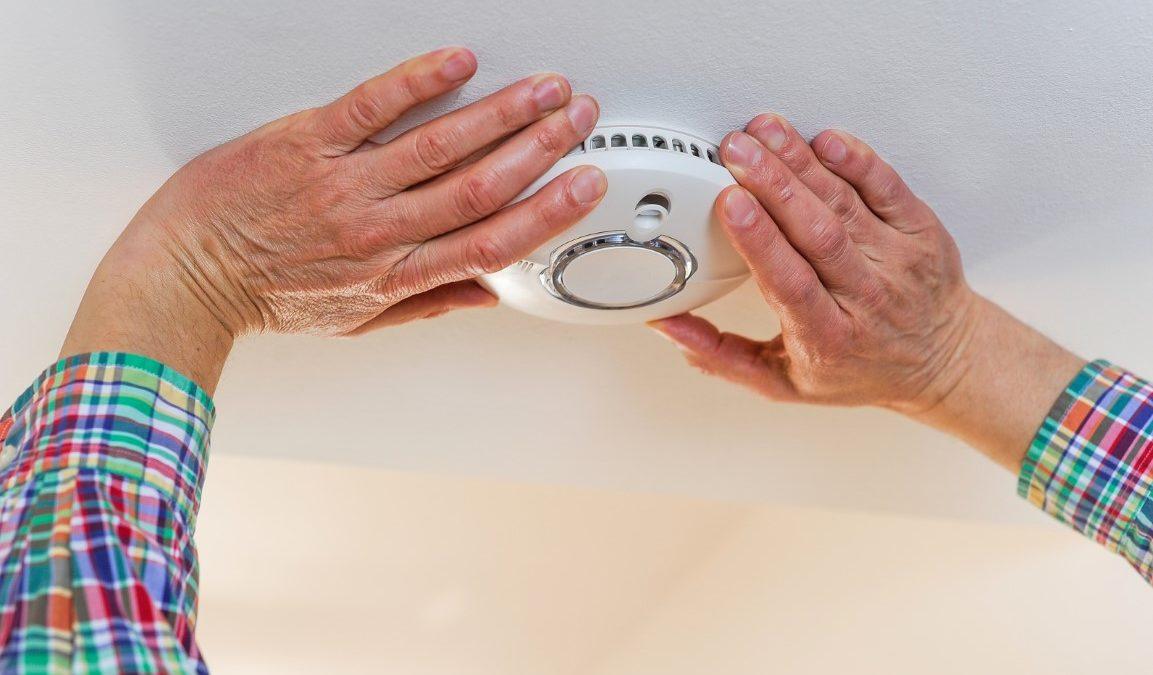 Comment sécuriser sa maison avec un détecteur de fumée connecté ?